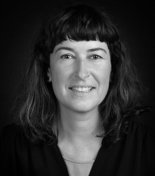 Sonja Schweitzer: disfrutando a diario del euskera y del mar - Receta: Eier in Senfsauce mit Kartoffelpüree