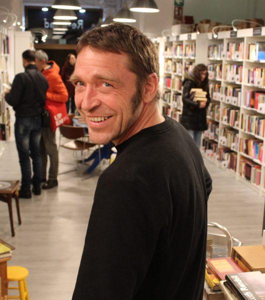Marco Pöppelmann: practico el euskera con los clientes de mi librería - Mi receta: lomo de cerdo a la sal
